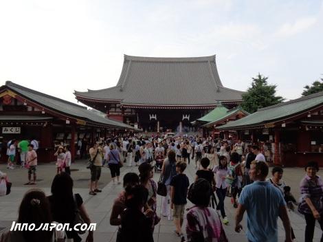 Intérieur du temple Asakusa