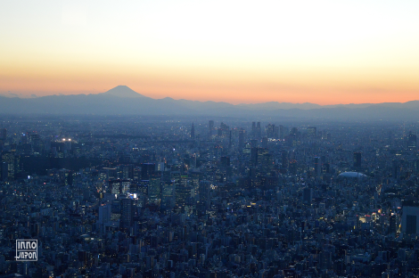 Mon Fuji et coucher de soleil sur Tokyo